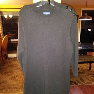 Closet clear out! Simply Vera long grey sweater.